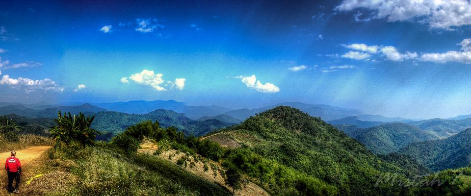 View somewhere up in the mountains west of Chiang Rai