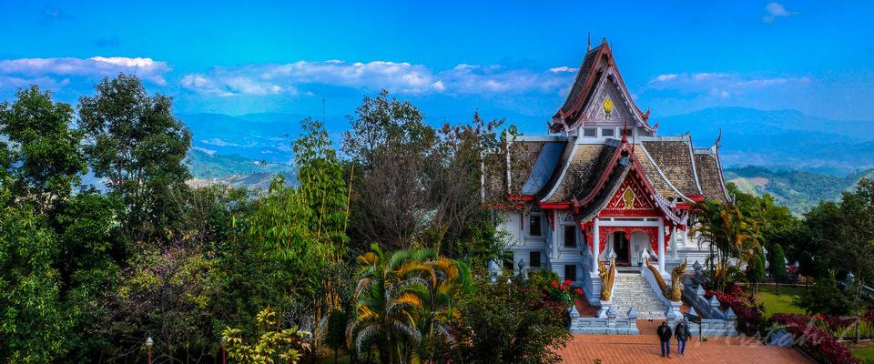 One of two temples on top overlooking Mae Salong