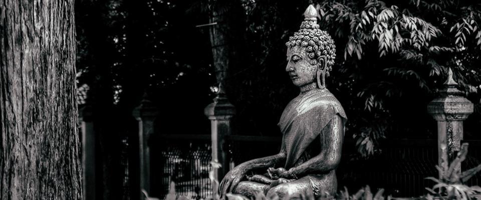 Buddha in Wat Phra Singh garden