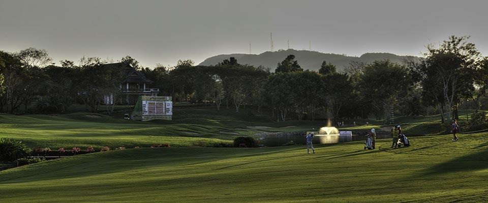 Santiburi hole no 18 late afternoon