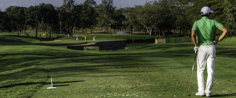 Santiburi Signature hole - no 17 from tee